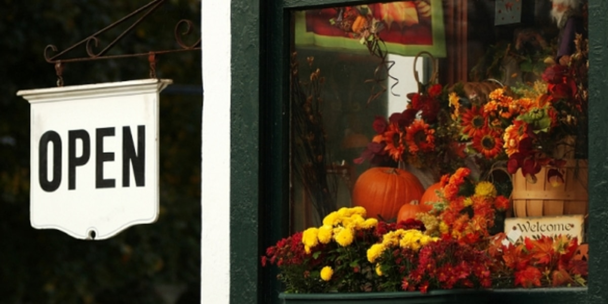 Pros and Cons: Should Retailers Stay Open on Thanksgiving?