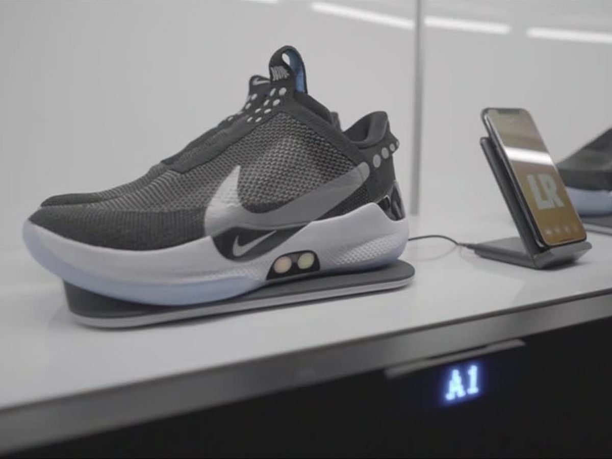Nike unveils shoes that can lace using an app