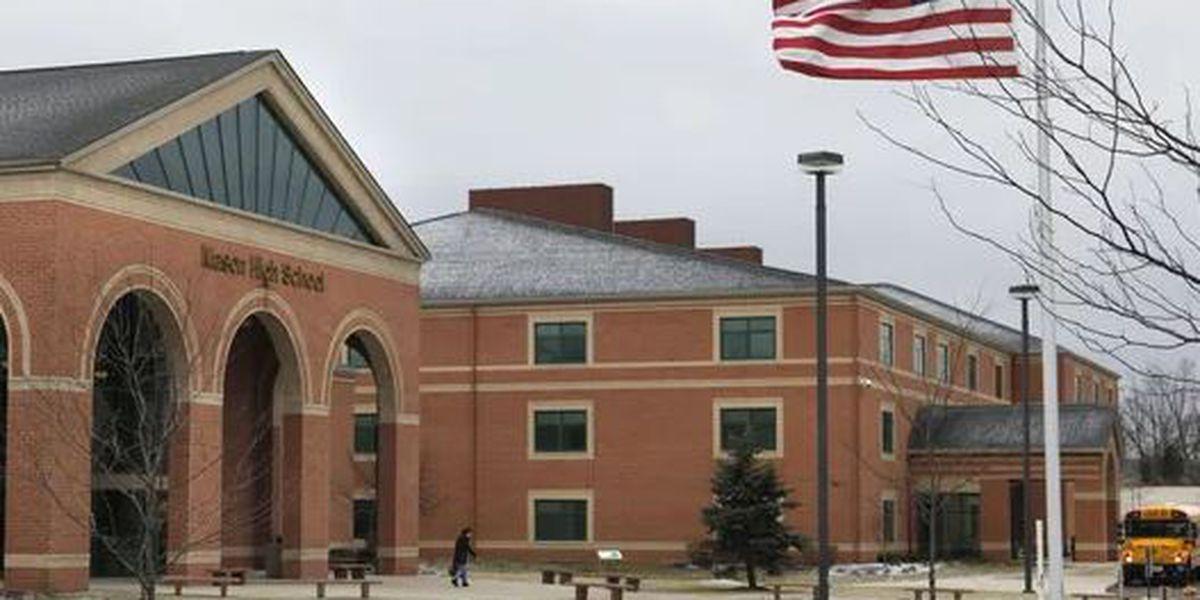 Mason High School student dies from gunshot wound, school says