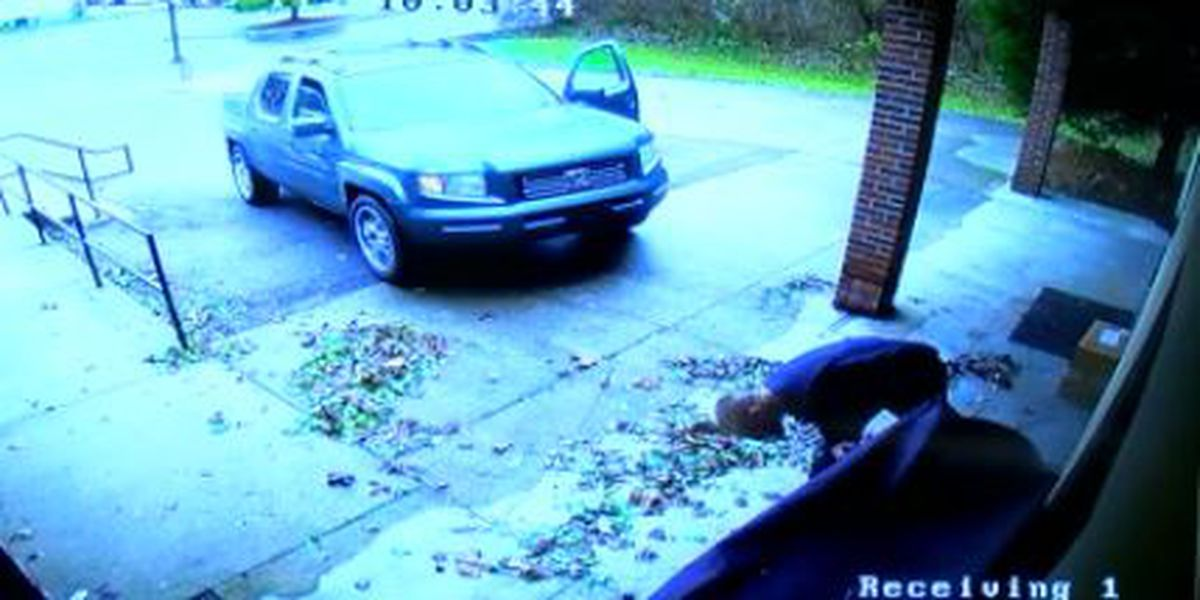 VIDEO: Package thieves target gifts for children at Forest Park business