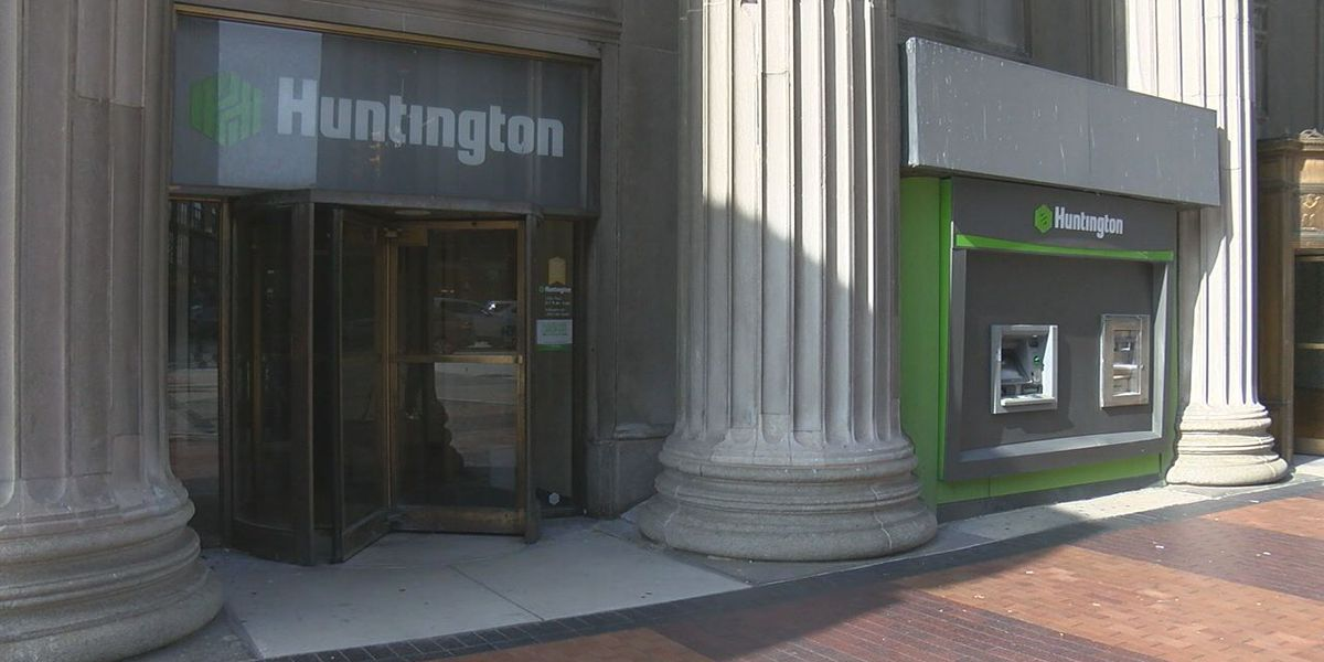 Huntington Bank closing 70 branches, 30 in Ohio