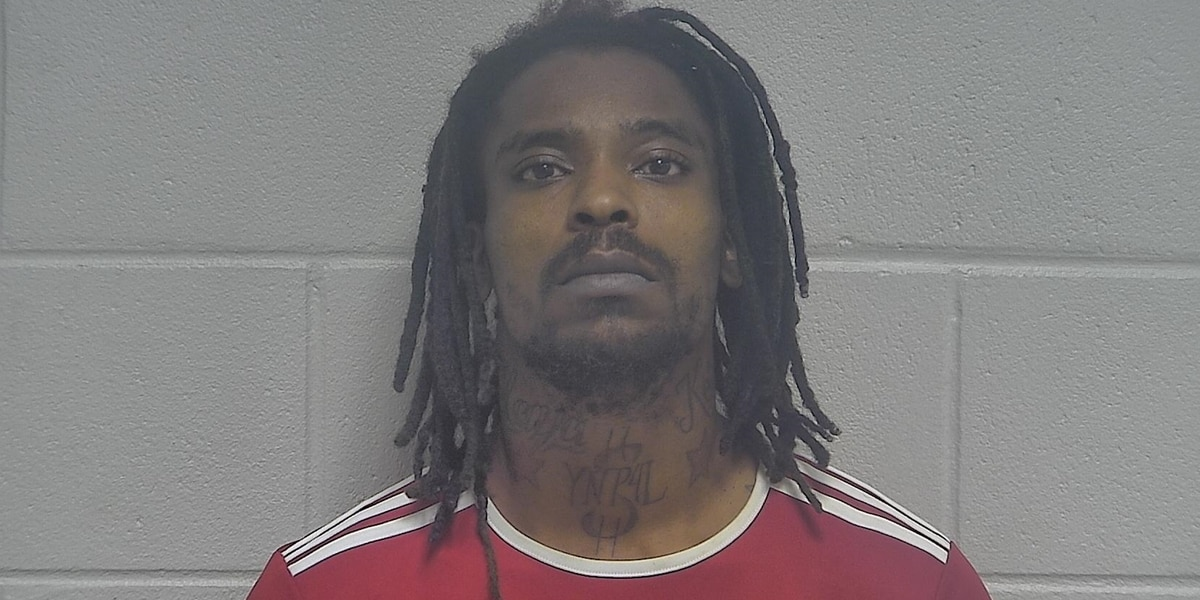 Louisville man federally charged after alleged threats to shoot LMPD officers on Facebook Live