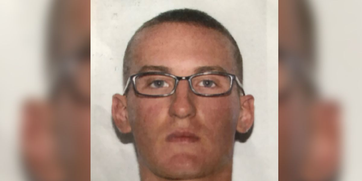 Residents remain vigilant as search for Marine wanted in Va. murder continues