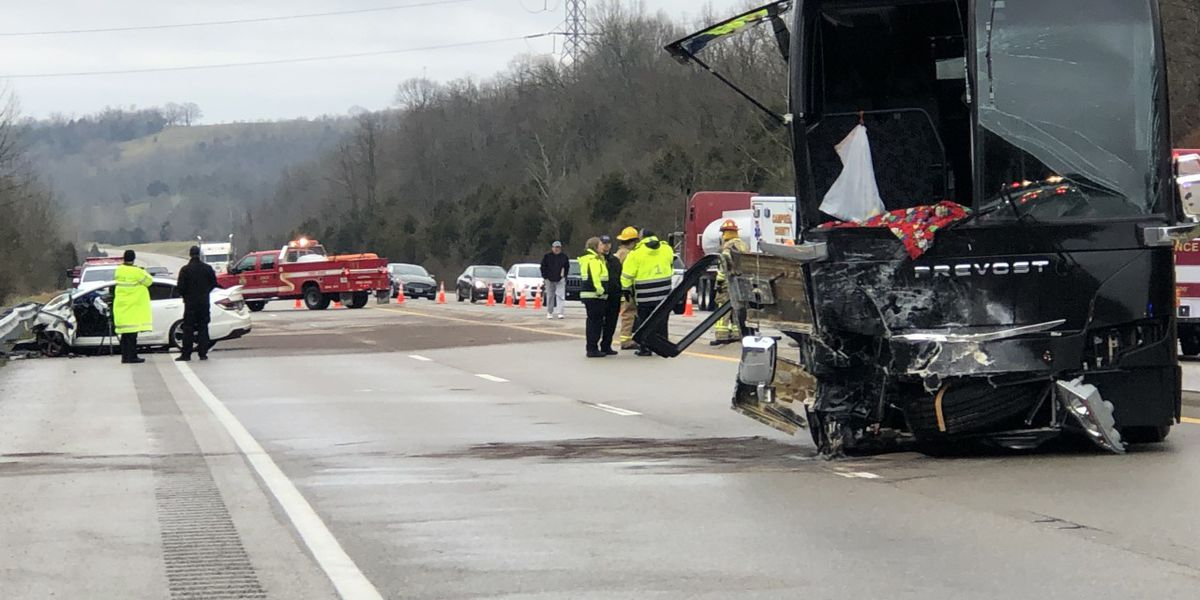 CovCath students, priest pray for driver killed in Campbell Co. crash