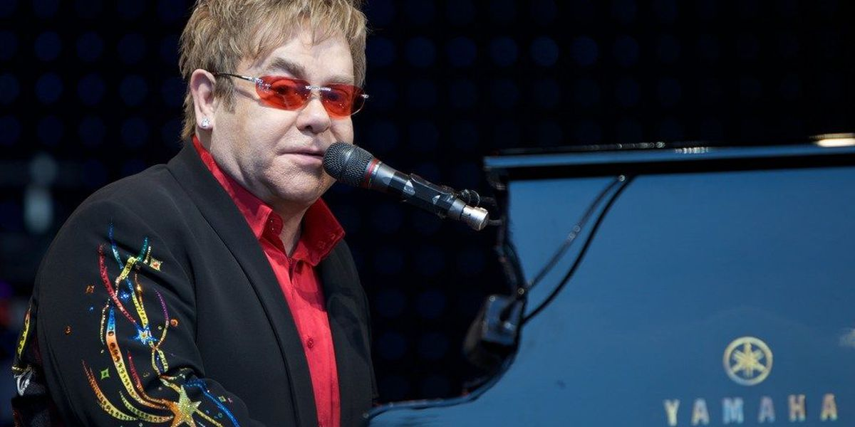 Elton John to stop in Cincinnati as he says farewell to the (Yellow Brick) road