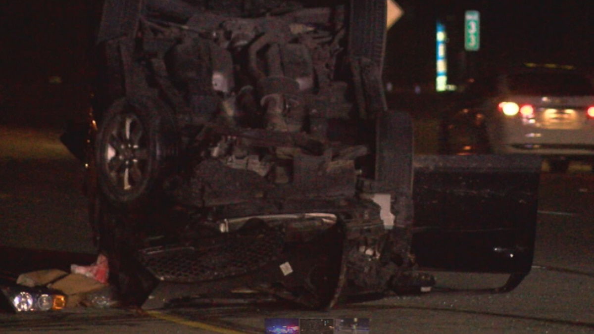 Two hospitalized in I-75 Middletown crash