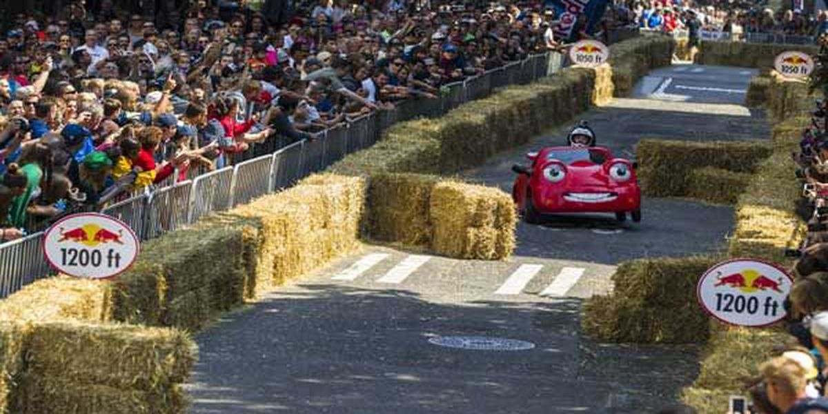 Red Bull soapboxes race through Mt. Adams