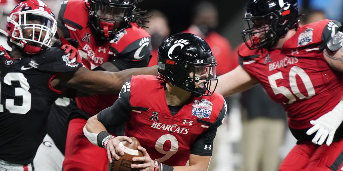 Georgia's late heroics doom UC in Peach Bowl