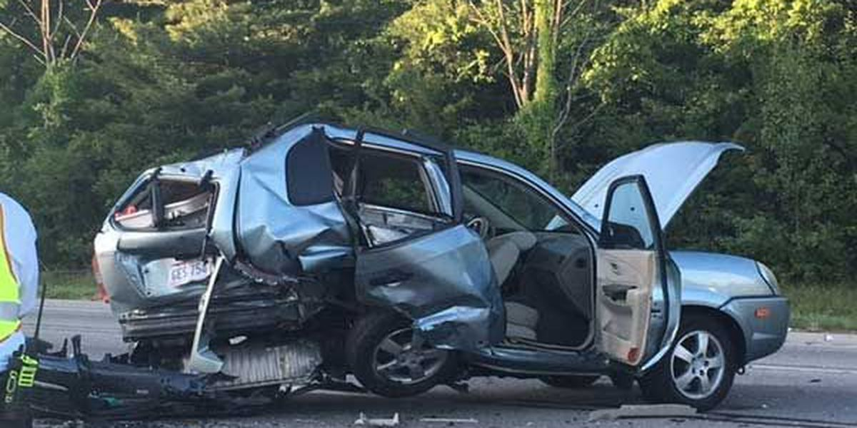 Sheriff: Alcohol factor in I-275 crash that sent 3 to hospital