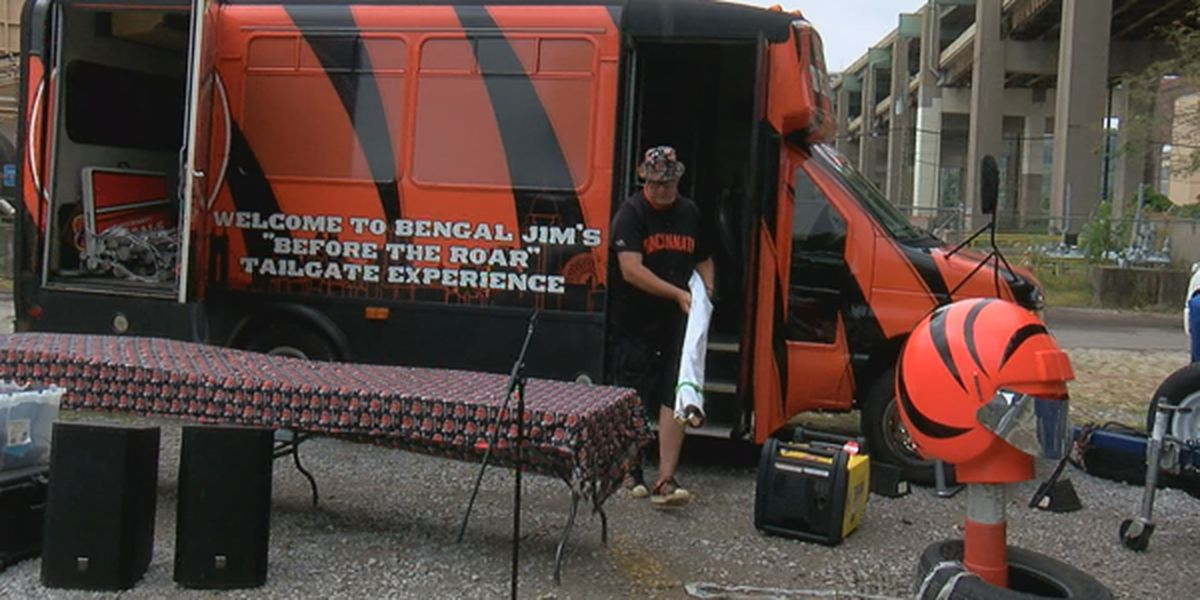 Longtime Bengals fans hold drive-in tailgate fundraiser prior Sunday's game