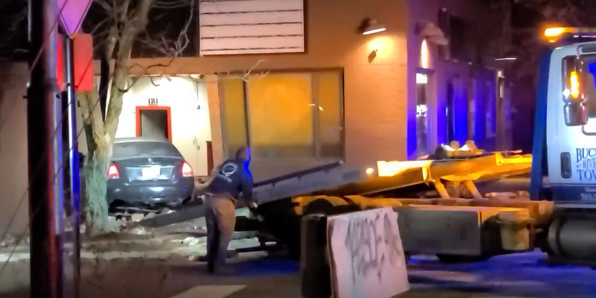 Police chase ends with crash into building, 15-year-old driver arrested